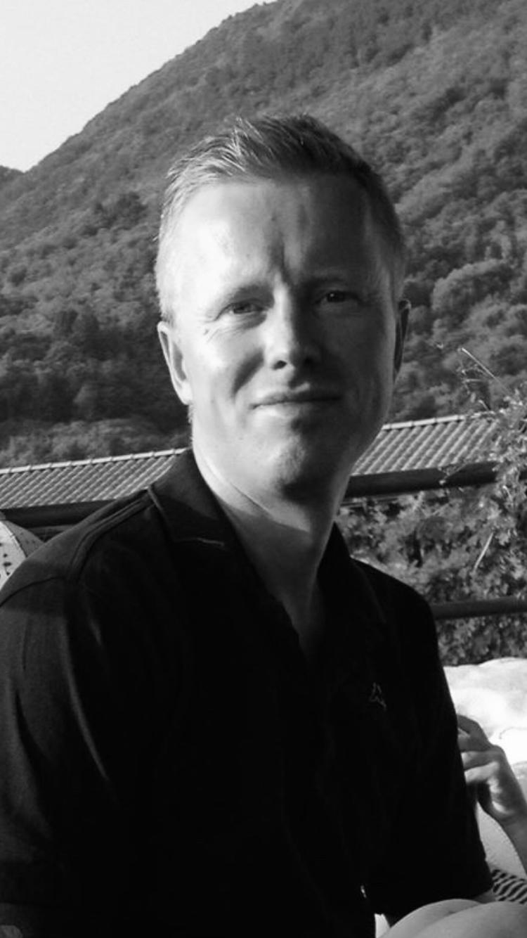 Claus Møller underviser