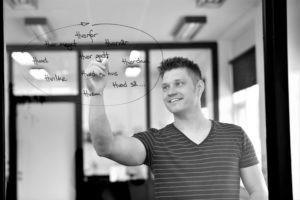 Underviser hos Aros Business Academy. Thommas